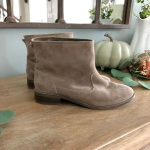 MIA Suede Flat Ankle Booties size 8